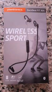 New Original Plantronics Backbeat Fit 305 wireless sport .