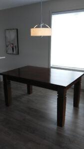 Table de salle à manger en bois de rose
