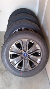 4 New Hankook Dynapro 275/55R20 tires with ford wheels