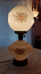 Vintage Gone With The Wind Electric Lamp