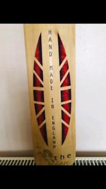 English willow cricket bat,quick sale at £85,see pics&read details plz