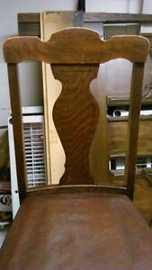 Solid wood antique dining chair with brown leather seat Kitchener / Waterloo Kitchener Area image 6