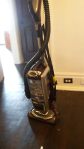 Shark vacuum cleaner powered by Lift Away
