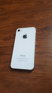 Iphone 4s 8gb bell Mint