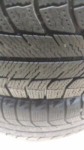 215/60r17 Michelin X-Ice Xi2