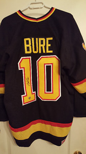 Pavel Bure Signed Vancouver Canucks Jersey