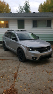 2016 Dodge Journey Blackout package LOCATED IN CARNDUFF SK