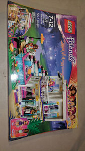 LEGO FRIENDS LIVI'S POP STAR HOUSE - NEW IN BOX London Ontario image 1