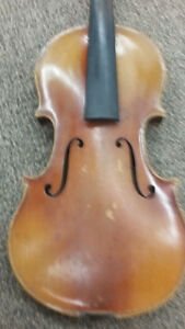 Violin for sale.  Name/model is unknown.