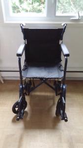 Chaise hugo elle est neuve est transportable