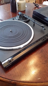 Really nice Technics turntable. Technica cartridge