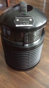 Filter queen defender air purifier Excellent condition