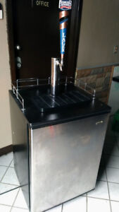Draft Beer Cooler with tap