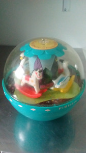 Boule musicale fisher price