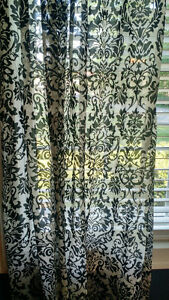 5 Black and white damask panels