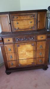 Antique bedroom suite