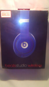 Beats Studio Wireless  Colour Blue