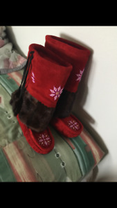 Accepting orders for  mukluks, moccasin and  mitts