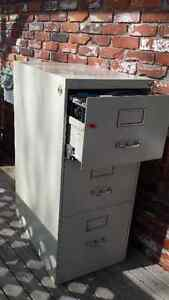 3 drawer legal sized filing cabinet