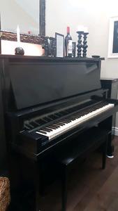 Piano droit lindsay Montréal