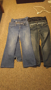 4 pairs of womens jeans
