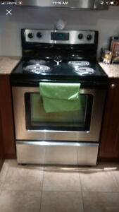 """2014 Whirlpool 30"""" electric coil stove range oven"""