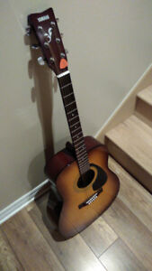 Guitare Yamaha F310P excellente condition