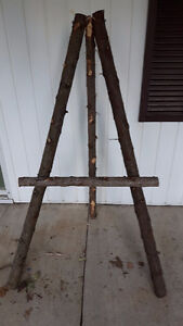 Natural decorative cedar easels
