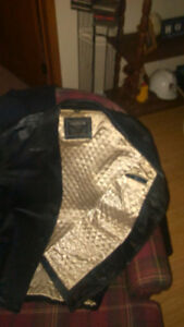 Very nice casual leather jacket make an offer??