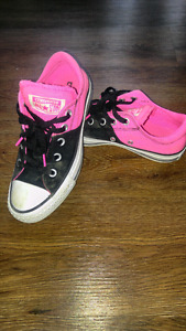 Converse pink and black