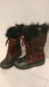 Sorel waterproof boots, size 6
