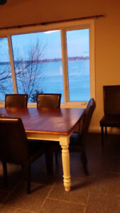 Beautiful 5 Bedroom Cottage, 50 Mins From Toronto, Hot tub, $199