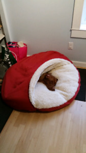 Snoozer Cozy Cave Dog Bed size XL (red)