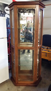 """70"""" Tall  Display Unit with glass shelves, mirrors & lights"""
