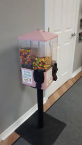 4-Section Snack Vending Machine (Loonies Only)