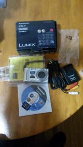 Panasonic  Lumix camera ZS7 -AVCHD lite + accessories