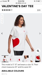Women's Adidas Valentine's Day t-shirt L - sold out online
