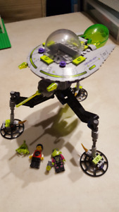 Lego Alien, Minecraft and other sets for sale