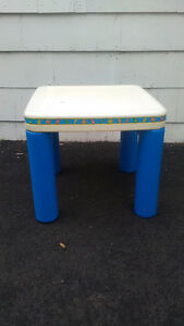 Little Tikes craft table