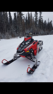 2014 Polaris assault 800 with 500kms 155""