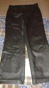 pantalon en cuir  grandeur 32