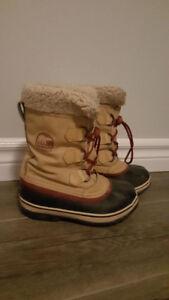 Sorell boots boys size 1