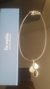 Lia Shopia Mother of Pearl Necklace