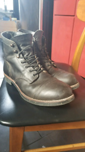 Red wing iron ranger charcoal 10.5D
