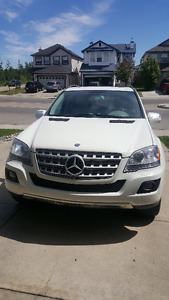 2009 Mercedes-Benz M-Class ML 320 SUV, Crossover