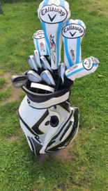 LADIES CALLAWAY XR AND CLEVELAND TA SET WITH BAG