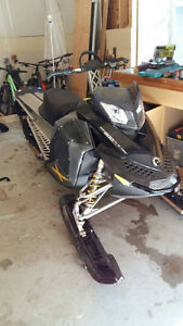snowmobile 2008 summit 800 with big bore kit 880cc Comox / Courtenay / Cumberland Comox Valley Area image 1