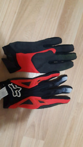 Bicycle gloves size small fox racing