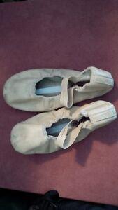 Girls Ballet Shoes Regina Regina Area image 1