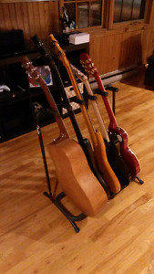 Rack Stand pour guitare, basse, 5 places (FENDER)